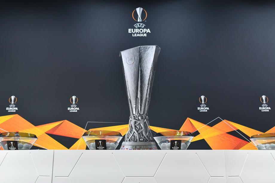 Milan na Junajted u osmini finala, Dinamo sa Totenhemom