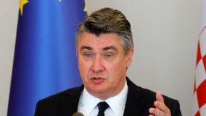 Milanović položio cveće u Jasenovcu zajedno s dvojicom bivših predsednika
