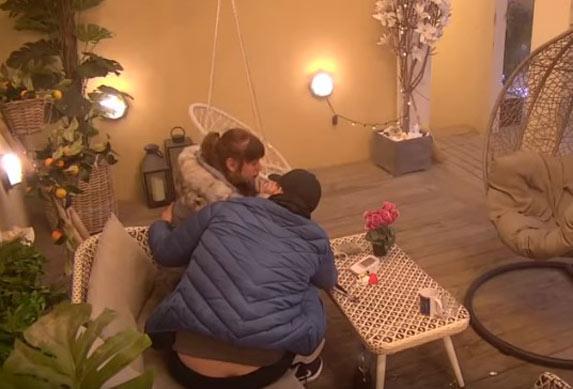 Miljana Kulić se vratila u suzama sa kiretaže! Ima ozbljnu terapiju! (VIDEO)