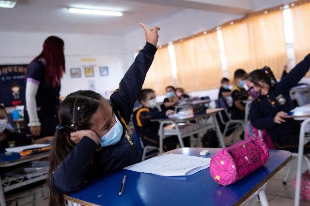 Ministar: Raste broj zaraženih u školama