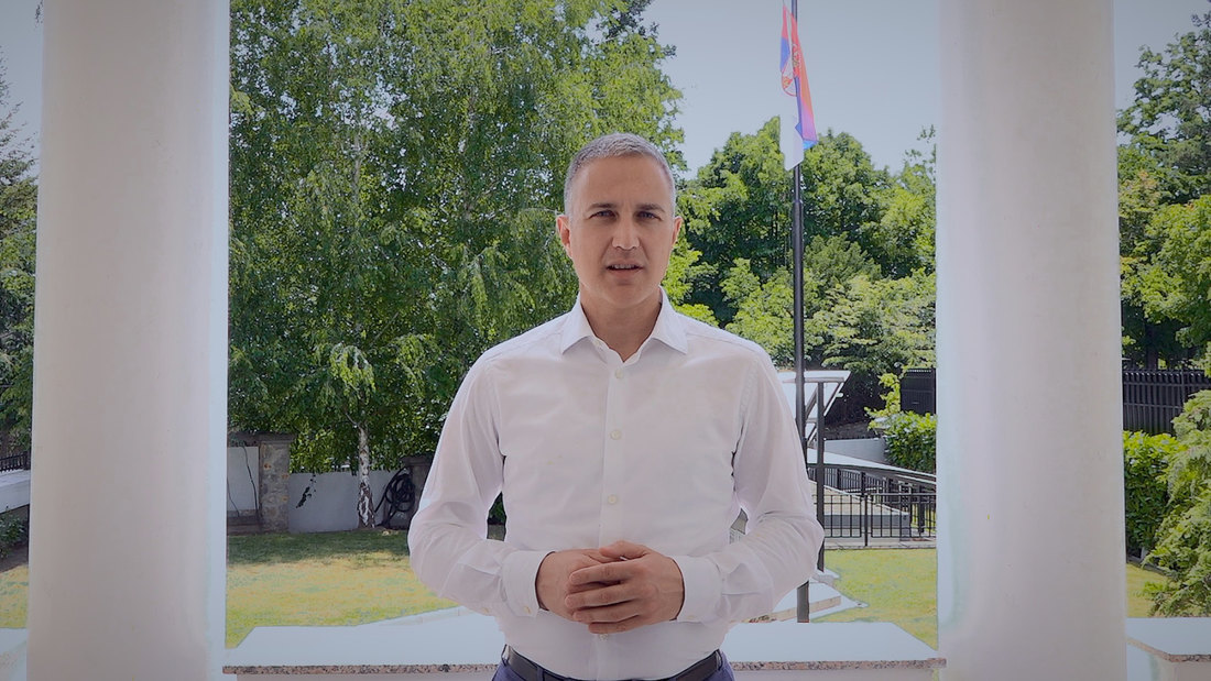 Ministar Stefanović demantovao pisanje pojedinih medija da je umešan u aferu sa pohapšenim klanom
