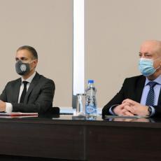 Ministar Stefanović prisustvovao snimanju časova za onlajn nastavu: Investiraćemo u tehnološki pristup obrazovanju!