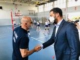 Ministar Udovičić uručio komplet sportske opreme za salu u Majuru