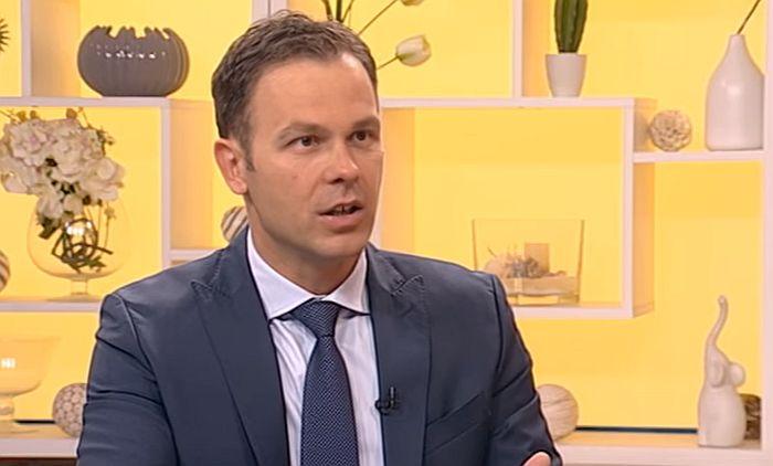 Ministar finansija: Razmišljamo o smanjenju akciza na gorivo