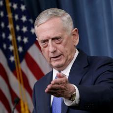 Ministar odbrane SAD Matis: Opkoljavamo borce IS u uporištima, uništićemo ih!