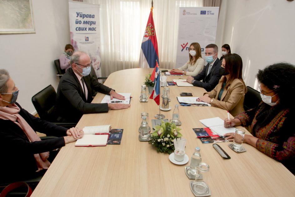 Ministarka Obradović razgovarala sa ambasadorom Francuske