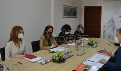 Ministarka lokalne samouprave sa predstavnicima UNDP i Saveta Evrope o položaju žena u politici