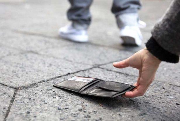 Mirsad (16) vraća vjeru u ljude: Drugi put našao novčanik i vratio ga vlasniku
