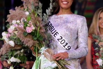Mis Srbije se obratila ZAVIDNIM ŽENAMA pa otkrila svoje planove