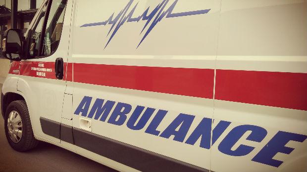 Mladić napadnut sekirom u Novom Sadu