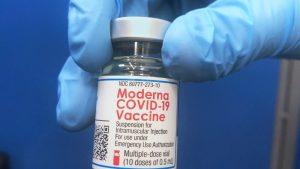 Moderna: Vakcina efikasna šest meseci, potrebno pojačanje
