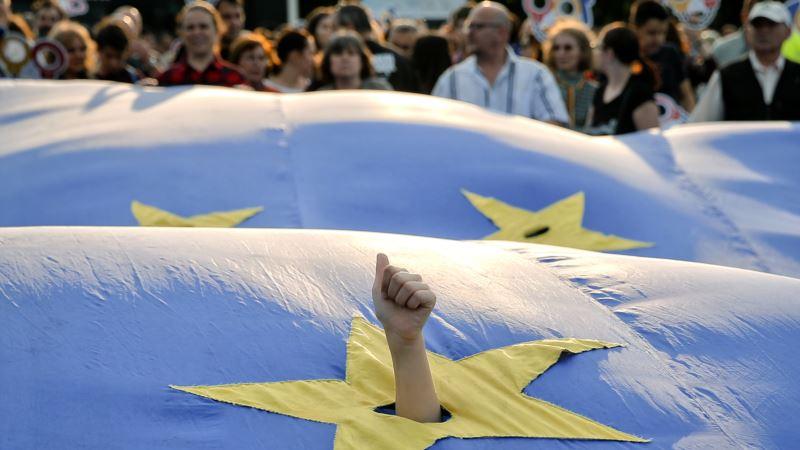 Mogerini organizuje u sredu sastanak s liderima Balkana