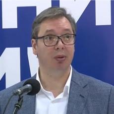 Moja obaveza kao predsednika je da zaštitim svakoga ko drugačije misli Vučić o pretnjama upućenim Borisu Tadiću