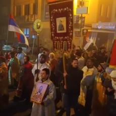 Moleban podrške srpskom narodu u Crnoj Gori i na KiM počeo ispred Hrama Svetog Save (VIDEO)