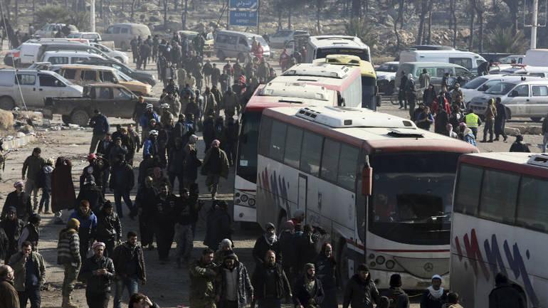 Moskva: Okončanje evakuacije iz Halepa za dva dana
