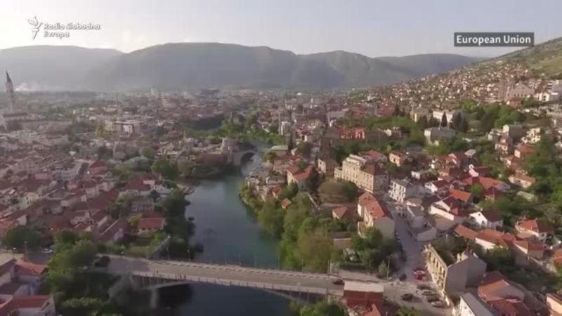 Mostar: Milioni u kanalizaciji