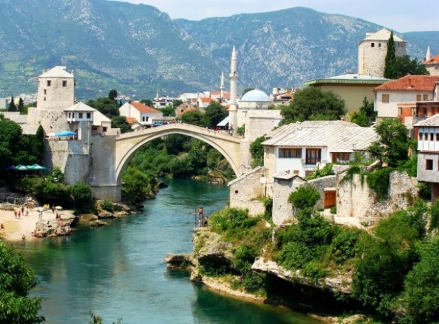 Mostar: Protest protiv policijske brutalnosti VIDEO