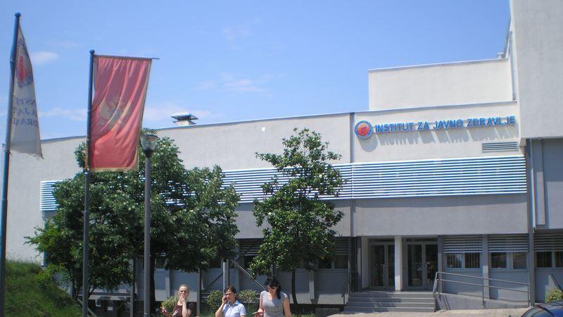 Crna Gora u ponoć otvara granicu za zemlje regiona i SAD