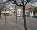 Muškarac vozilom oborio starijeg pešaka u Nišu