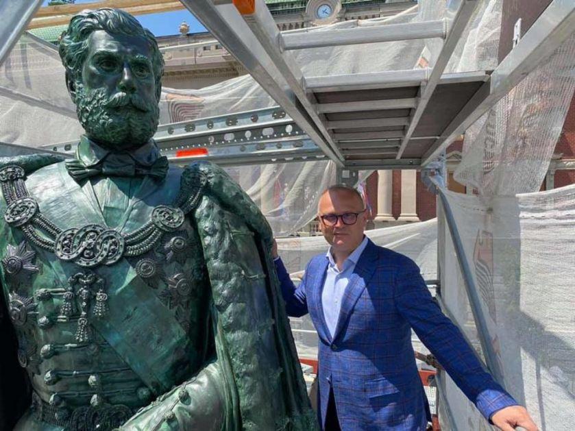 NA 152. GODIŠNJICU NJEGOVOG UBISTVA: Završena restauracija spomenika knezu Mihailu (FOTO)