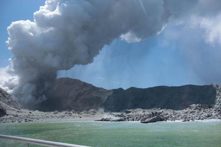 NA NOVOM ZELANDU I DALJE DRAMATIČNO: Vulkan još aktivan, odložena potraga za žrtvama! (VIDEO)