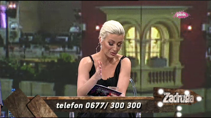 NA OVE PROZIVKE MORAM DA ODGOVORIM: Dušica usred emisije DOBILA PORUKU OD SANJE, Luna se zaprepastila kad je čula šta joj je poručila! (VIDEO)