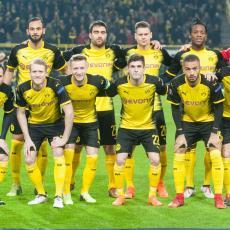 NA RADOST SVIH NAVIJAČA: Produžio ugovor, karijeru će završiti u Dortmundu