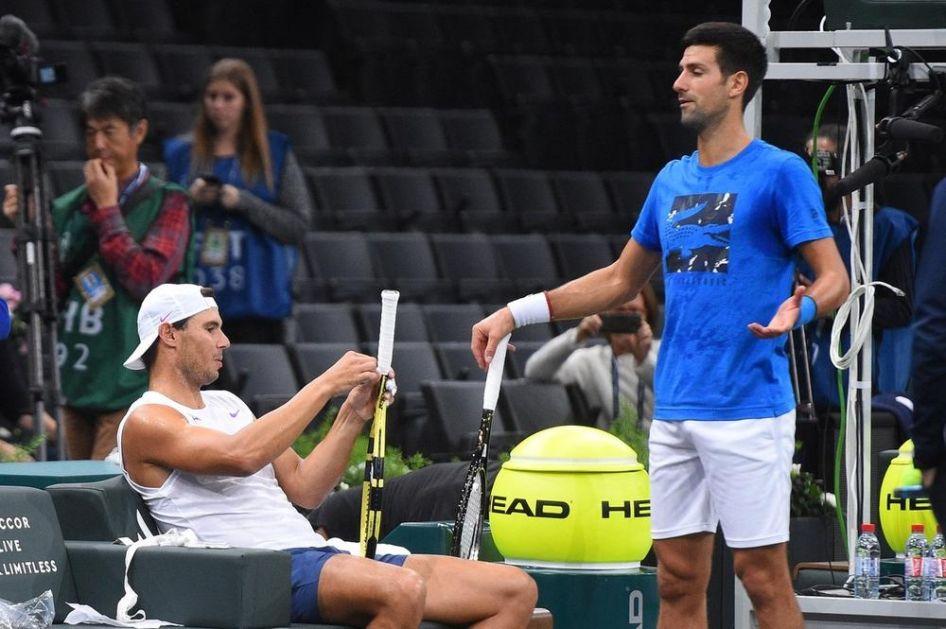 NADAL ĐOKOVIĆU: UĆUTI! Novak je imao spreman odgovor! Pogledajte šta se desilo između Srbina i Španca u Abu Dabiju VIDEO