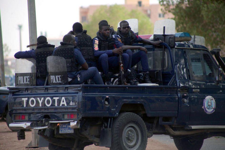 NAJMANJE 83 MRTVIH U PLEMENSKIM SUKOBIMA U SUDANU: Ranjeno 97 ljudi u tenzijama između Arapa i nearapskog stanovništva!