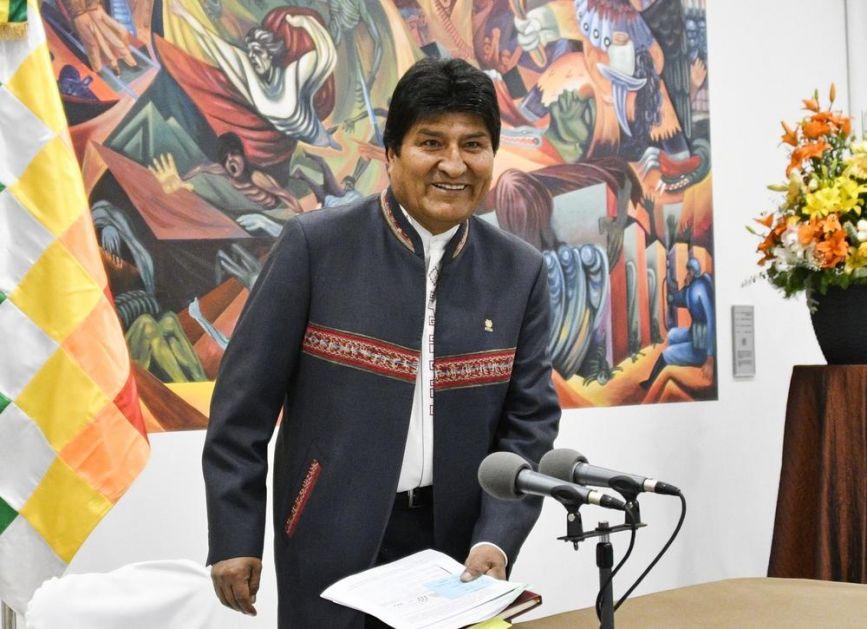 NAPETO U BOLIVIJI POSLE PREDSEDNIČKIH IZBORA: Evo Morales odbija da podnese ostavku! Optužio protivnike da žele da izvedu državni udar! (VIDEO)