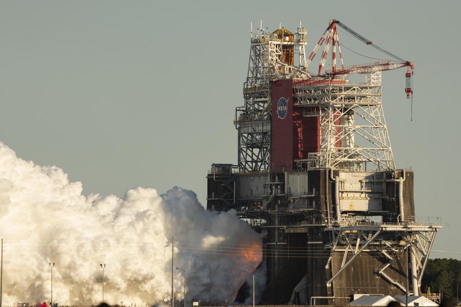 NASA test SLS rakete prekinut pre vremena