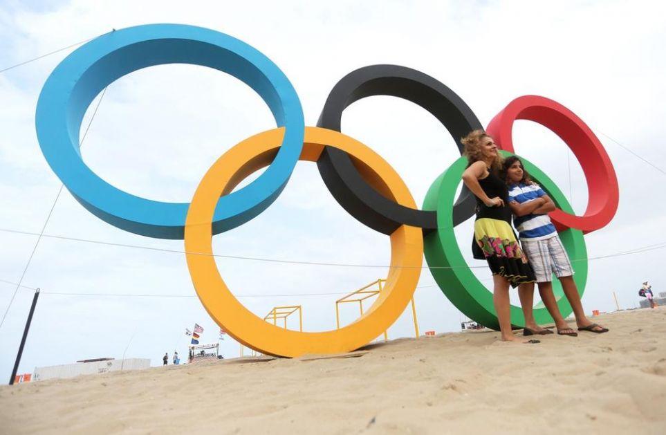 NAŠLI KOMPROMISNO REŠENJE: Rusi će nositi olimpijsku zastavu sa državnim obeležjima!