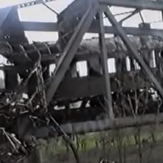 NATO BOMBA ODNELA 15 ŽIVOTA: Srbija ne zaboravlja žrtve stravičnog napada na putnički voz u Grdeličkoj klisuri (VIDEO)