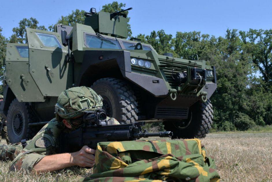 NATO ZVANIČNIK SKRESAO ZAPADU U INTERVJUU ZA AP Nabavka vojne opreme odluka je države, Srbija ima pravo da slobodno bira