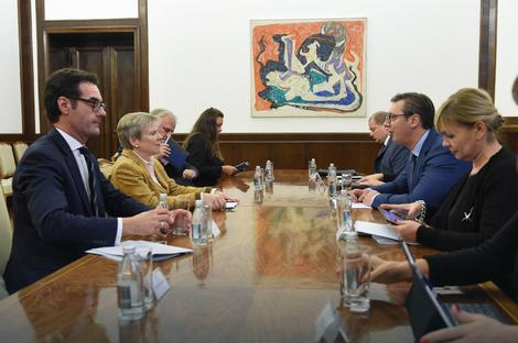 NATO prihvata odluku Srbije da bude vojno neutralna