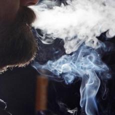 NAUČNICI DALI ODGOVOR: Da li su pušači zaista OTPORNIJI NA KORONU?