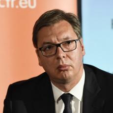 NAŽALOST PO VAS, ISTINA JE! Vučić u ŽESTOKOM klinču sa albanskim novinarima u BRISELU! Pokušali da ga ISPROVOCIRAJU, a onda ZAMUKNULI!