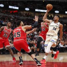 NBA: Grčka Zver UKROTILA Bikove! Drama u Mineapolisu, PRODUŽETAK odlučio pobednika (VIDEO)