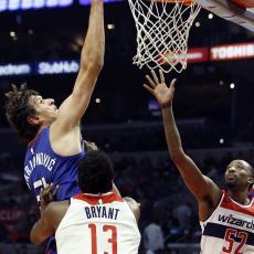 NBA: Kraj pobedničke serije Klipersa. Bobanu mrvice, Teo presedeo na klupi (VIDEO)