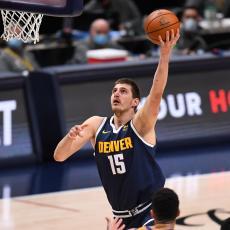 NBA: Novi dabl-dabl Jokića - loše veče za Pokuševskog