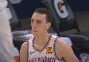 NBA: Povređeni Pokuševski deli asistencije kao Jokić, Bobi dobro iskoristio dobijenu minutažu! (VIDEO)