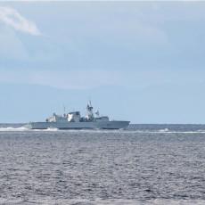 NE IGRAJTE SE SA SUDBINOM Američki razarač ušao u Crno more, ruska flota ga preuzela, prate ga u stopu