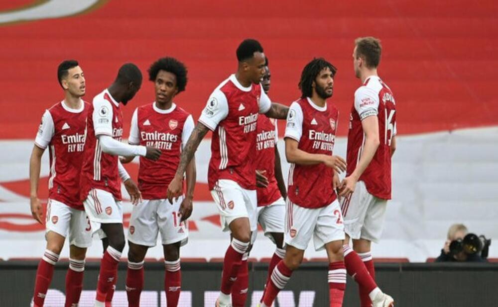 NE POMAŽE NI BIG SEM: Arsenal poslao VBA u Čempionšip VIDEO