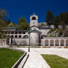 NEĆE UNIŠTITI PRAVOSLAVLJE: Iz Mitropolije poručuju - uskoro nastavak litija u Crnoj Gori!