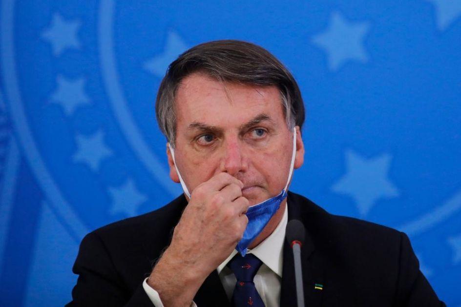 NEGIRAO KORONU, A SADA JE ZARAŽEN: Potvrđeno da je predsednik Brazila pozitivan na COVID-19