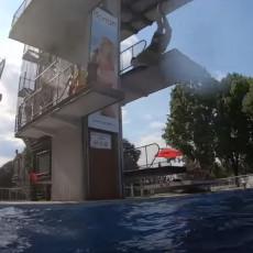 NEKO GA JE GURNUO SA SKAKAONICE Spasilac o pogibiji dečaka (15) na bazenima Košutnjak - otac MOLIO da ga spasu