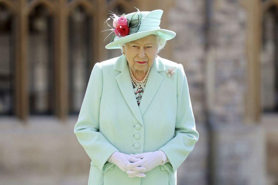 NEMA PROMENE NA BRITANSKOM TRONU: Mnogi očekivali da će kraljica prepustiti presto sinu, ali ona ovu zakletvu ne može prekršiti