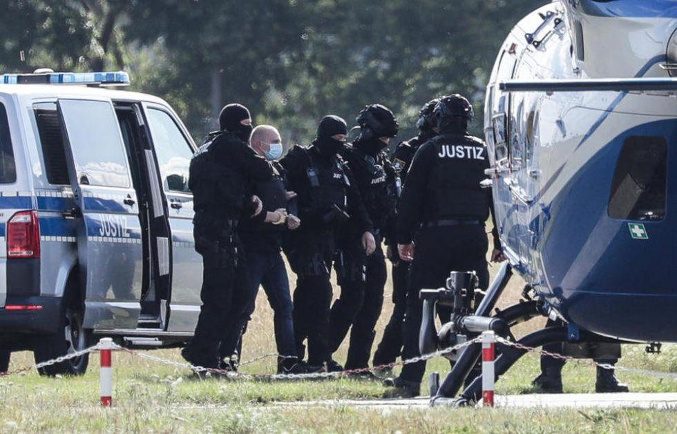 NEMAČKA POLICIJA OKLOPNJACIMA KRENULA NA MAFIJU: Sve se odigralo u luksuznom kvartu Dortmunda (VIDEO)