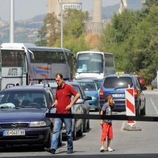 NEOČEKIVANI PREOKRET! Srpski turisti javljaju da im NIJE DOZVOLJEN ULAZ U GRČKU iz Severne Makedonije (FOTO)