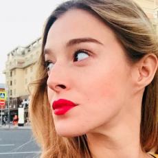 NEPOZNATI DETALJI iz života Milene Radulović: Glumica je UNUKA ove poznate FOLK ZVEZDE i to malo ko zna!